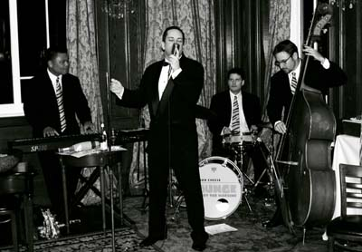 Richard Cheese & Lounge Against The Machine