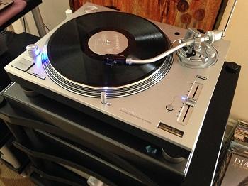 Vinyl Anachronist